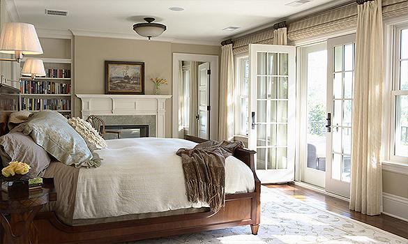 Elegantiskas-miegamasis-naturalios-spalvos-sienu-ir-lubu-apdaila-6