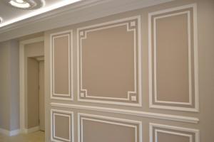Sienu-ir lubu-apdaila-dekoras-juostomis-Classic-Line-Decor